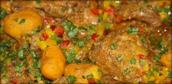 Receita de arroz com frango e pequi.