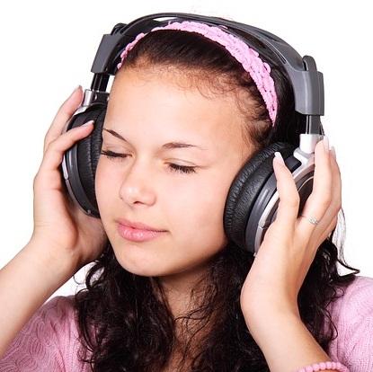 Problemas causados por ouvir som muito alto
