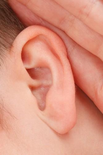 Como tirar água dos ouvidos
