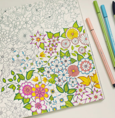 Livros de colorir para adultos e seus benefícios