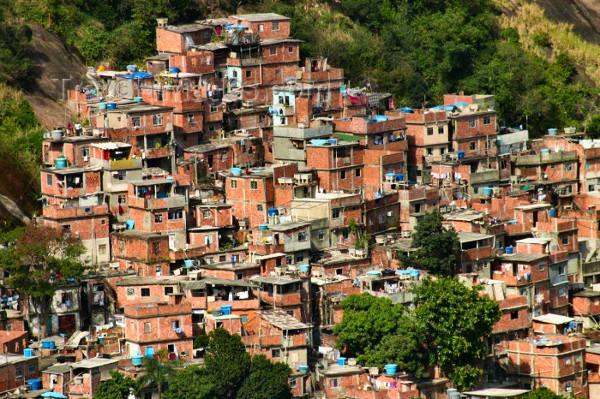 Uma das favelas mais famosas do Rio e do Brasil.