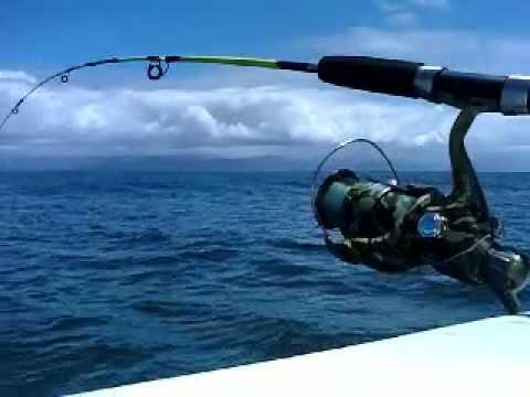 A pescaria em alto mar, apesar de muito prazerosa pode trazer enjoos.