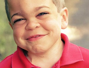 A doença se desenvolve com mais facilidade em meninos.